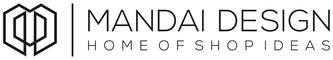 Firma navn i sort, på hvid baggrund