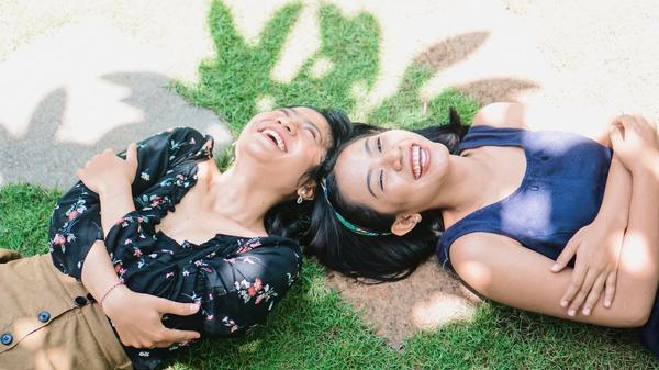 to venninner ler sammen