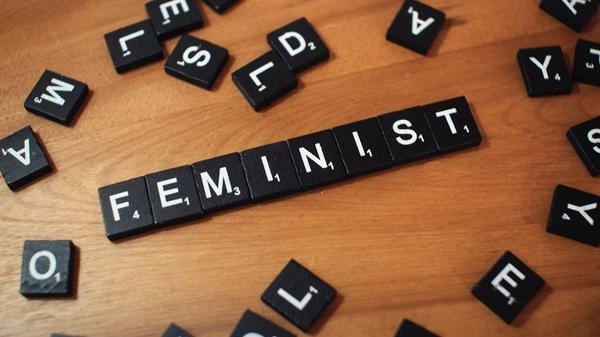 Ordet feminist
