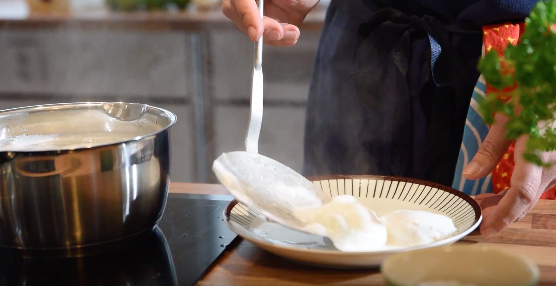Video: Pochera ägg