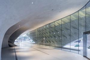 Lobby with interior veil