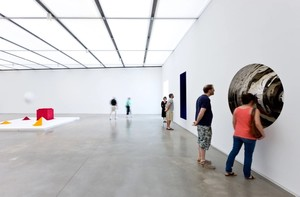 Gallery featuring work by Anish Kapoor