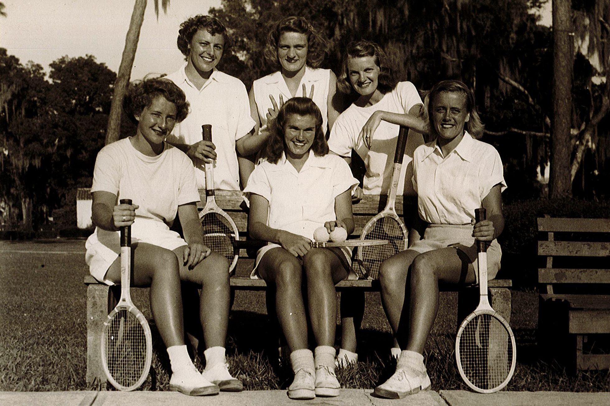 Rollins women's tennis team in the 1940s, including Shirley Fry Irvin '49