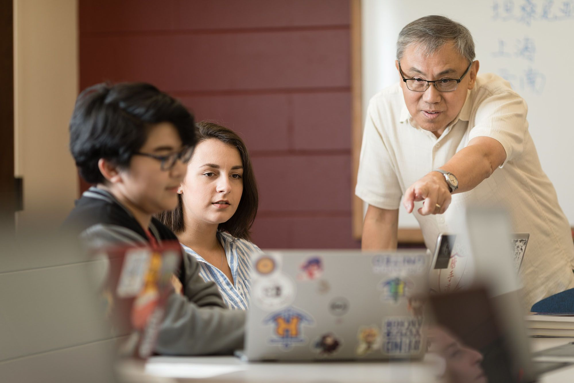 Chinese professor Li Wei instructs students in class.