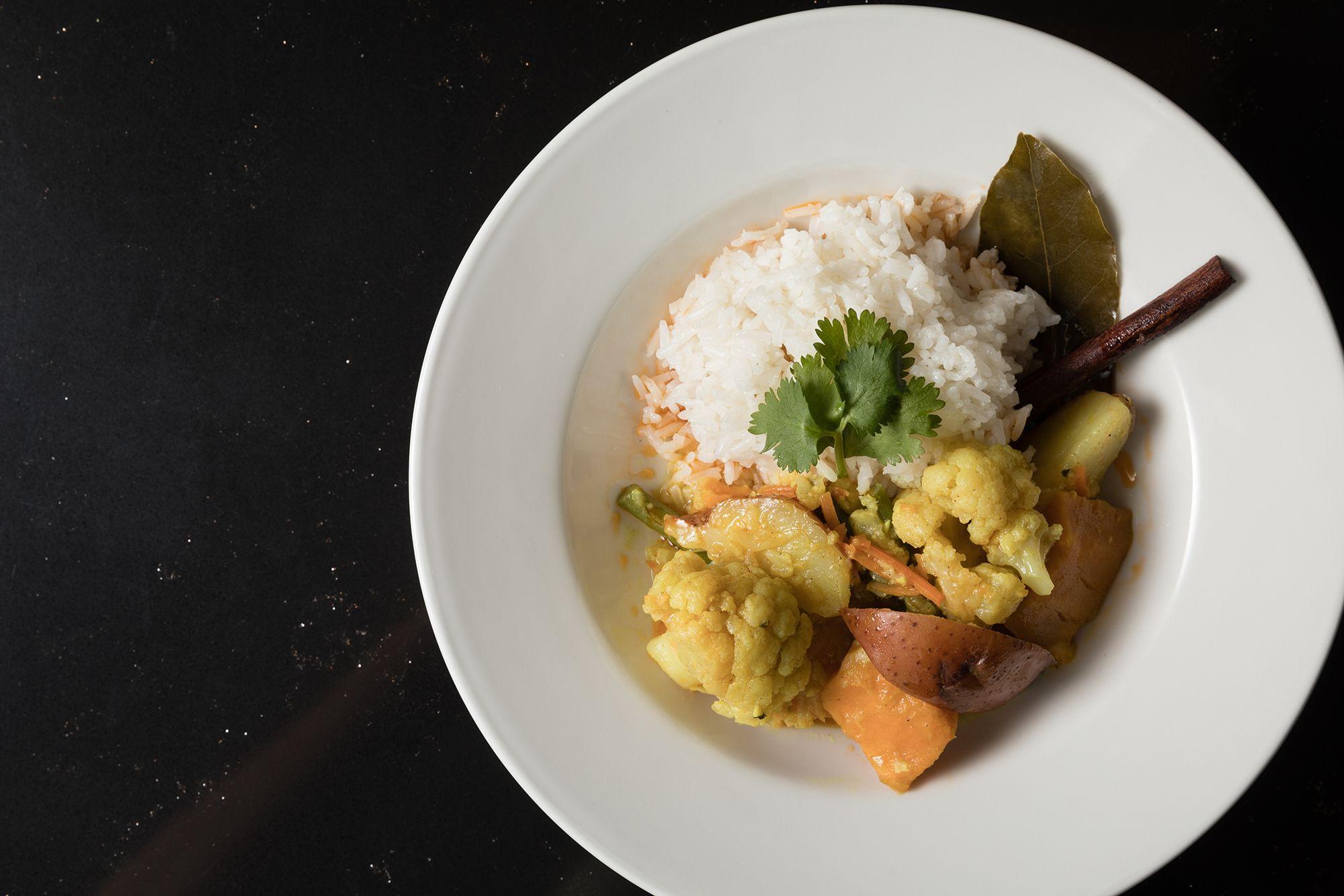 A bowl of Thai curry.