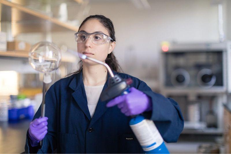 Alyssa Delucia in chemistry lab