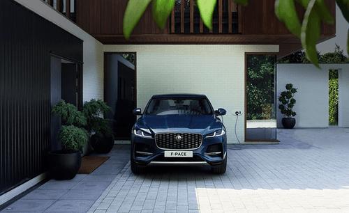 Jaguar F-PACE nå også som ladbar hybrid