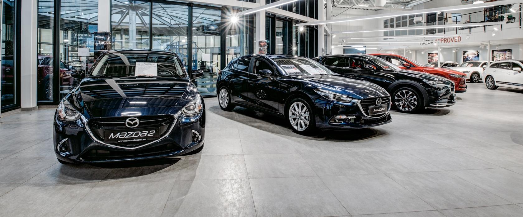 Nybilavdelingen på Mazda Bilhuset