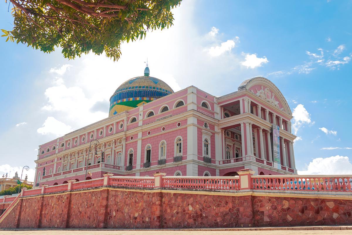 Música, magia y esplendor en Manaos