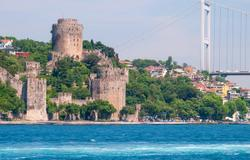 Cruise the Bosporus