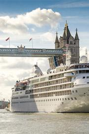 Intimate Luxury Ships