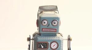 Een speelgoedrobot