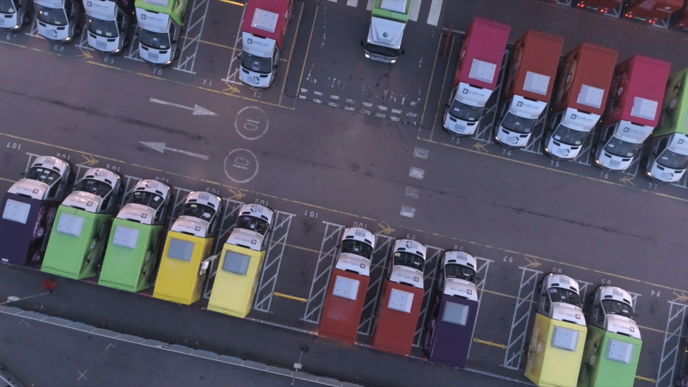 Wayve and Ocado partnership delivery vans