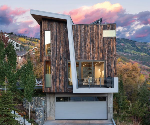A Dazzling Hillside Abode We Can't Stop Thinking About