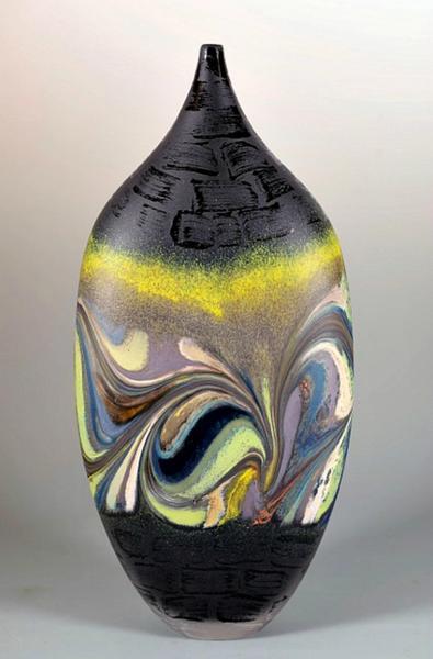 Jupiter Vase, Black