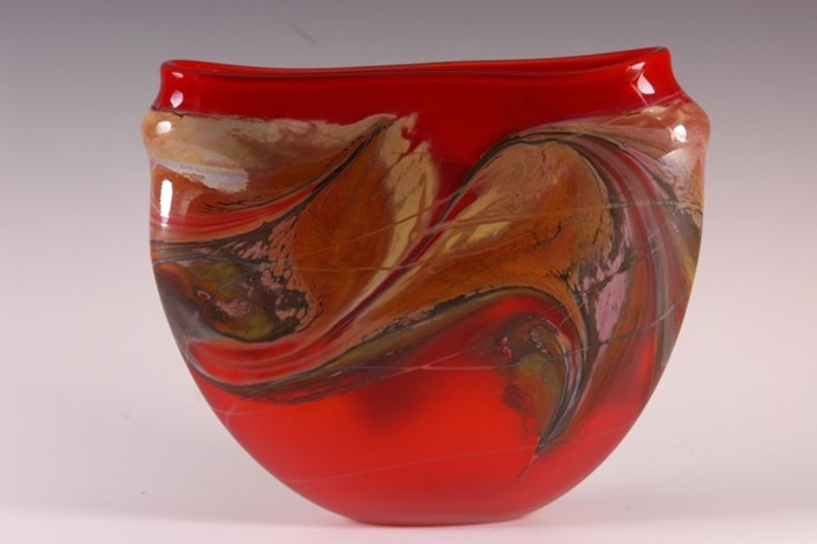 Jupiter Vase, Crimson