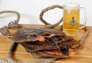 <p>Ёрш вяленый морской <strong>икряной</strong>. Отличная закуска! Произведен в Мурманске. Размер 6-7 шт. на 1 кг. Расфасован в пакеты по 2-3 шт. Продаём поштучно и на вес.</p>