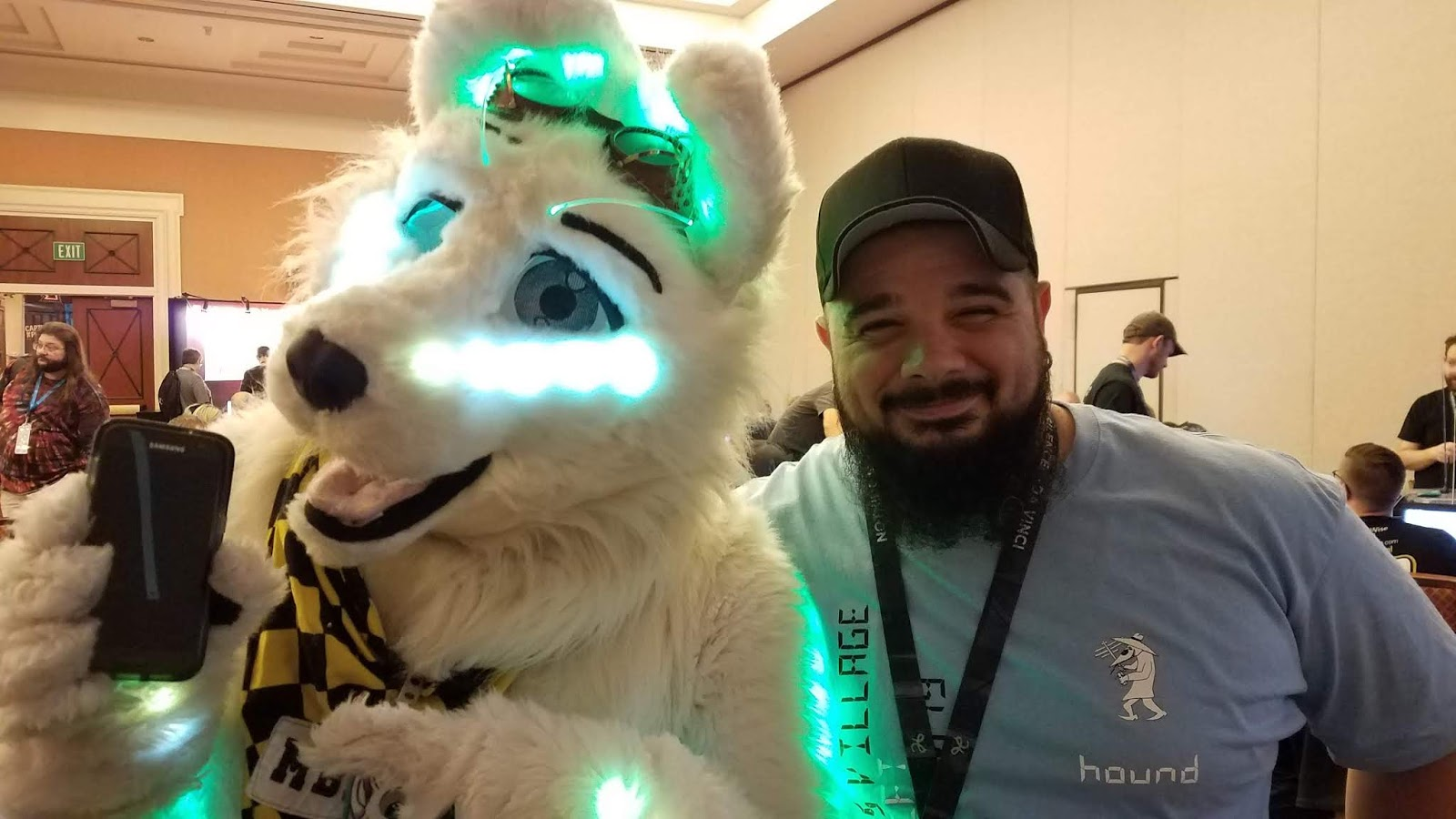 mBlade (@mBlade_akita) posing with our teammate Wasabi