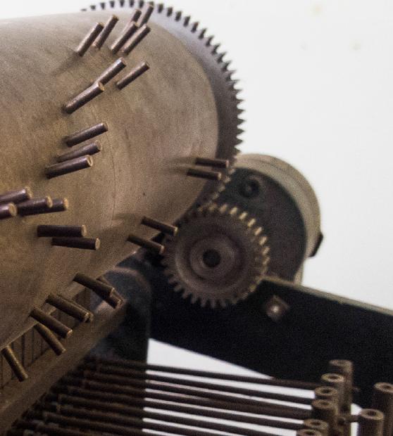 El cincel y el socavón | Detalle Madera y metal | 150 x 220 x 260 cm | 2016 - 2017