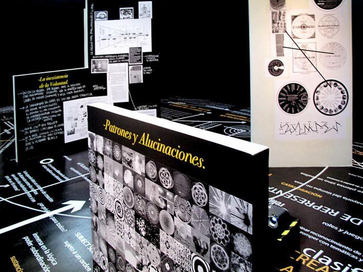 """Vista general de exhibición """"Declaración de Guerra contra el mundo: Postulados fundamentales"""", 2011"""