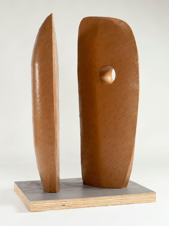 Display modern 1 (Hepworth) No. 8 | Paper, glue and stone | 25 x 60 x 80 cm | 2014