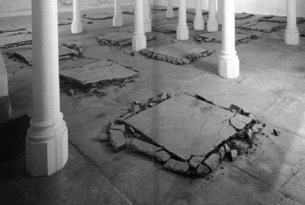 Trozos de calle arrancada | 100 x 100 cm | 1992