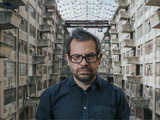 Arte + Ingeniería: Una conversación con Pedro Reyes