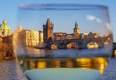 Romantická plavba parníkem po Praze se sklenkou Prosecca