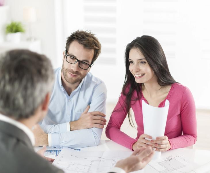 Homebuyers asking mortgage lender on how to determine house value.