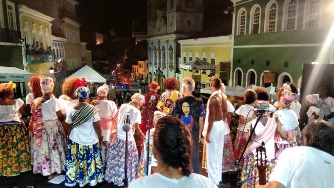 Ganhadeiras de Itapuã no palco principal do Pelourinho, dia 28/02/2017.
