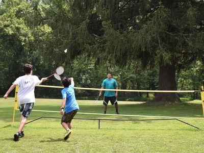 teens playing badminton at Rambling Pines Day Camp