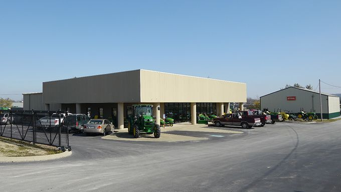 Photo 2 of the Russellville, KY Hutson location