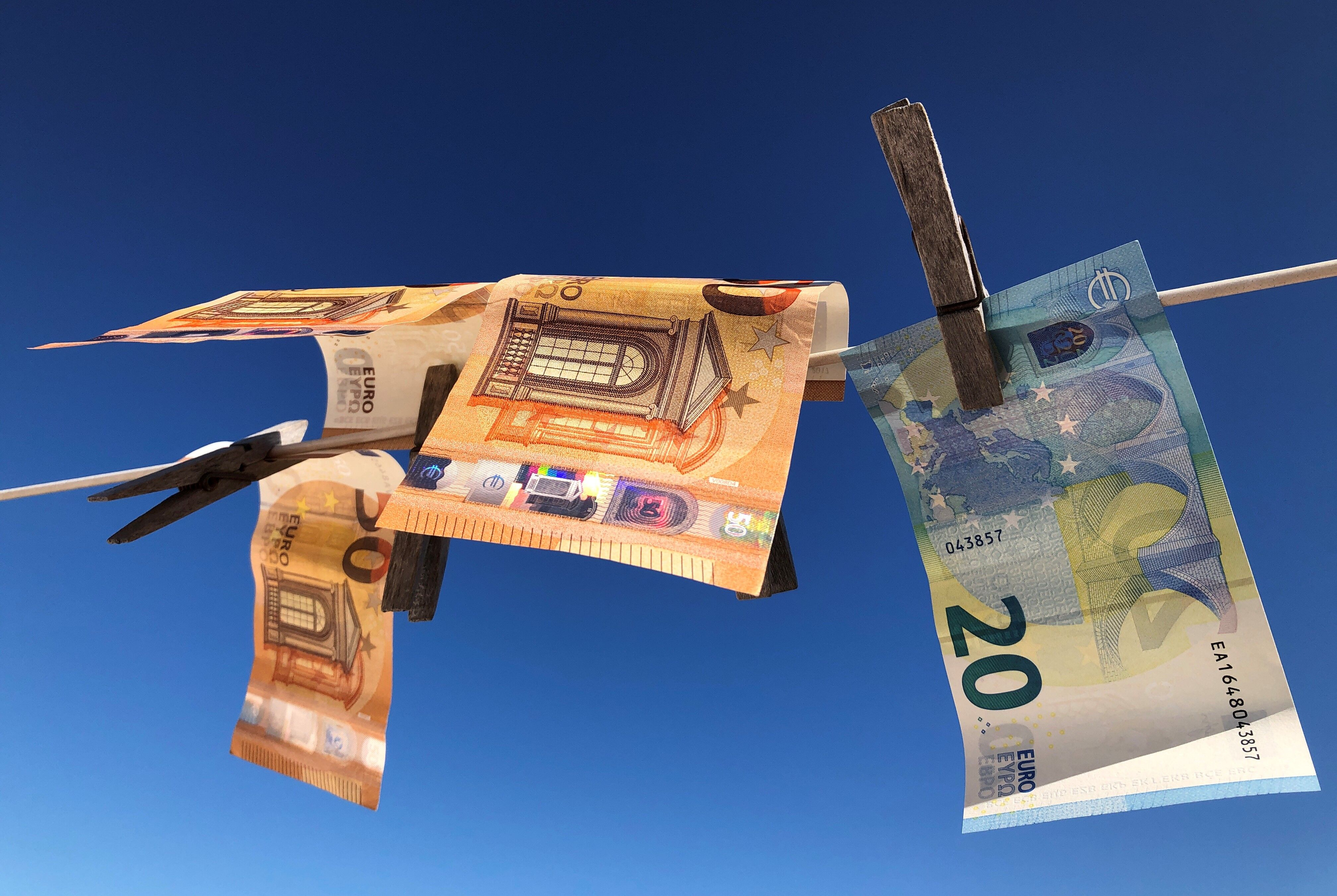 Hvitvaskede penger på en snor