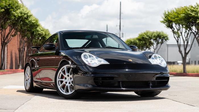 2004 Porsche 911 GT3 at Driven