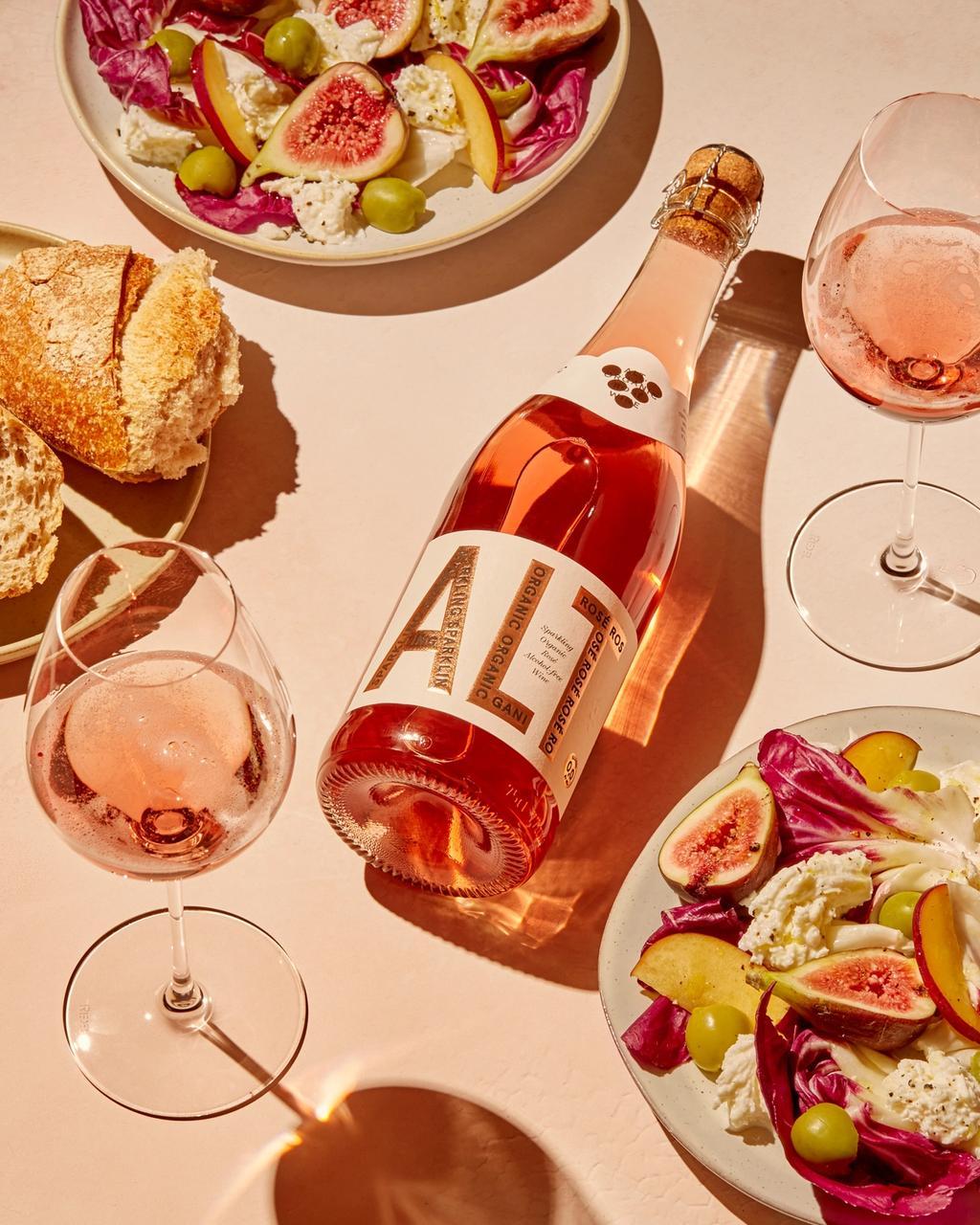 ALT. Sparkling Organic Rosé er en ny sommerfavoritt.