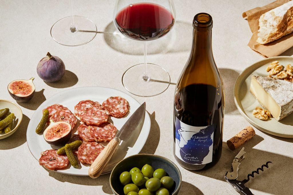 I hver episode av podkasten «Ukas vin» anbefaler vi en vin som er tilgjengelig på polet til en overkommelig pris.