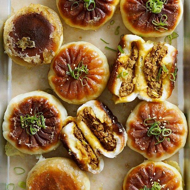 Pannestekte buns med oksekjøtt (牛肉煎包)