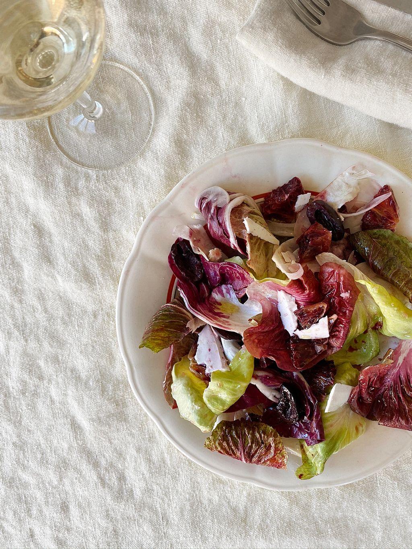 Vil du oppgradere til en treretters lunsj, kan du legge til en frisk salat med de beste råvarene fra vinteren, bitre salater (radicchio, grumolo, castelfranco eller endive), fennikel og rød appelsin