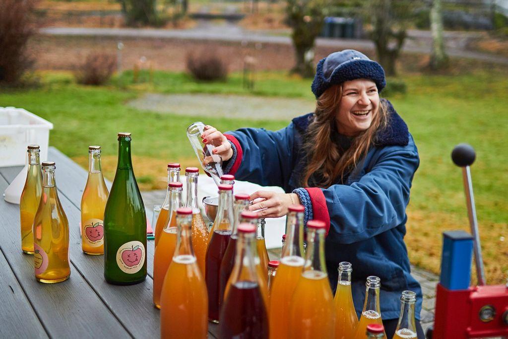 Mens typen vil bli en etablert sidermaker, har Martine Kopstad Floeng egentlig bare lyst på nok sider til egne fester. Foto: Oda Joramo