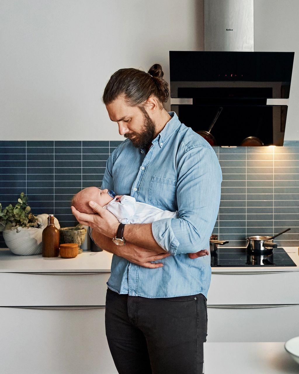 Mikaels førstefødte sønn William ble født på tampen av fjoråret.