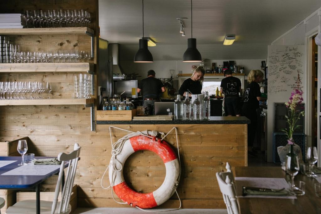 Fiskebruket er åpent hver dag fram til 15. august.
