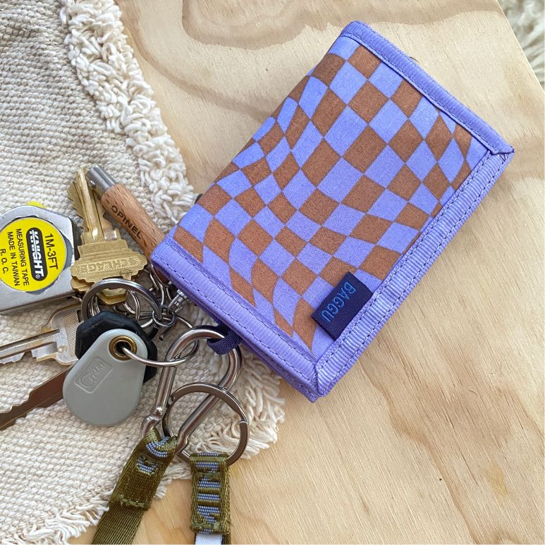 nylon wallet trippy checker