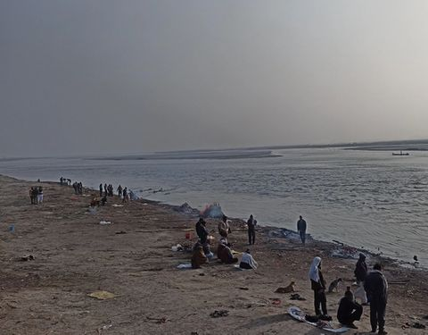 Showing a cremation area along the ganges