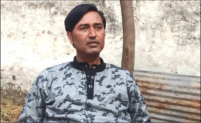 Photo of Firoz Khan in a grey shirt