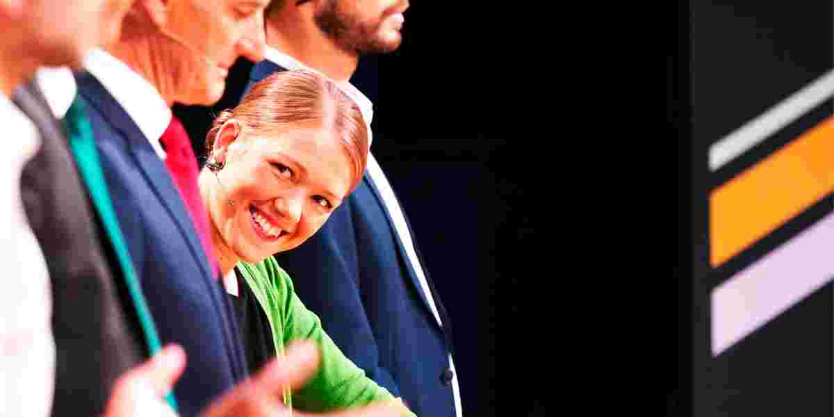 Une Aina Bastholm (Mdg) under partilederdebatten på NRK.