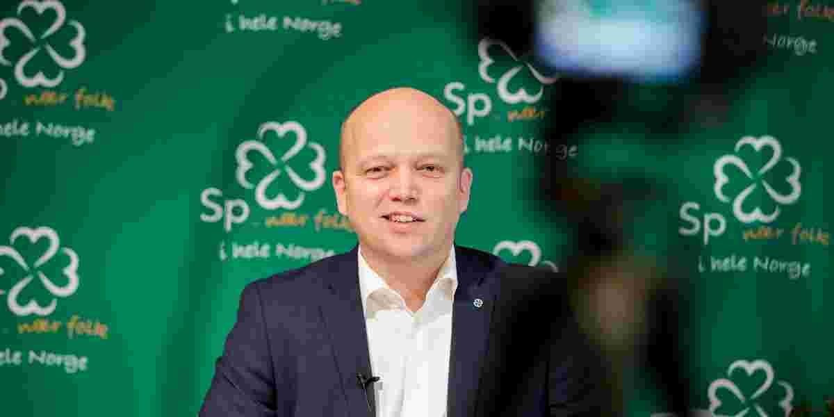 Partileder i Senterpartiet Trygve Slagsvold Vedum under en pressekonferanse.