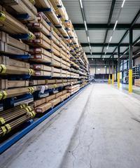 Werkstätten und Lagerhallen