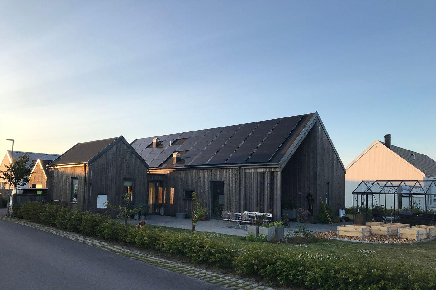 Svea solar - residential solar installation