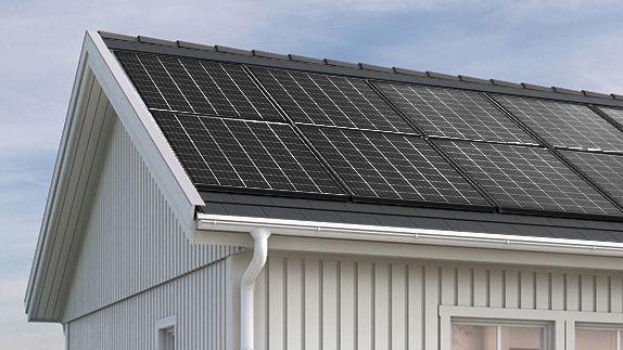 Pro solar panels roof