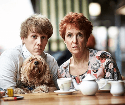 Review: 'Please Like Me'